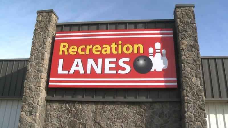 Recreation Lanes sign