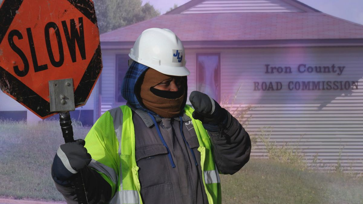 File image: Construction worker in cold weather