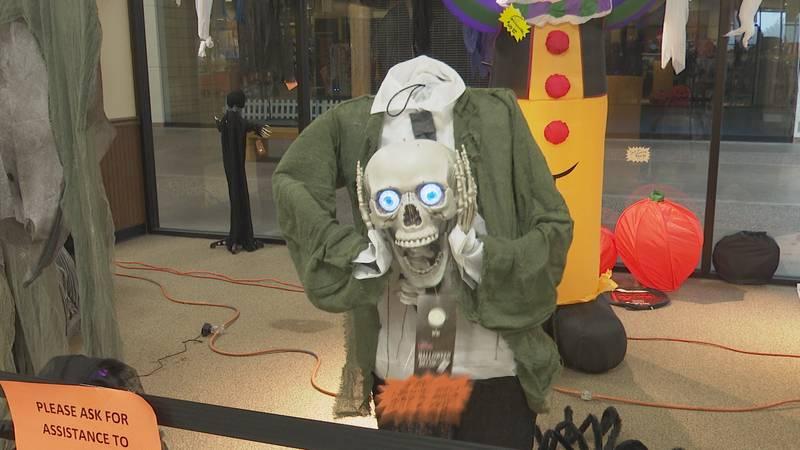 Halloween Superstore, Marquette