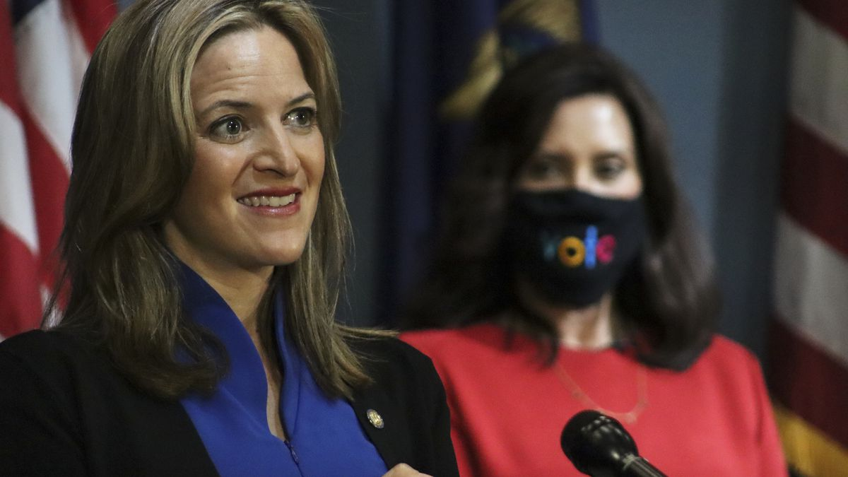 Governor Gretchen Whitmer (right back) and Secretary of State Jocelyn Benson (left front) called on Michigan citizens and the state legislature to take action now ahead of the Nov. 3 general election during a Sept. 16, 2020, press conference.
