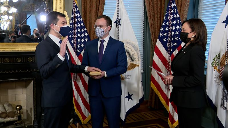 South Bend experience guides Secretary Pete Buttigieg in D.C.
