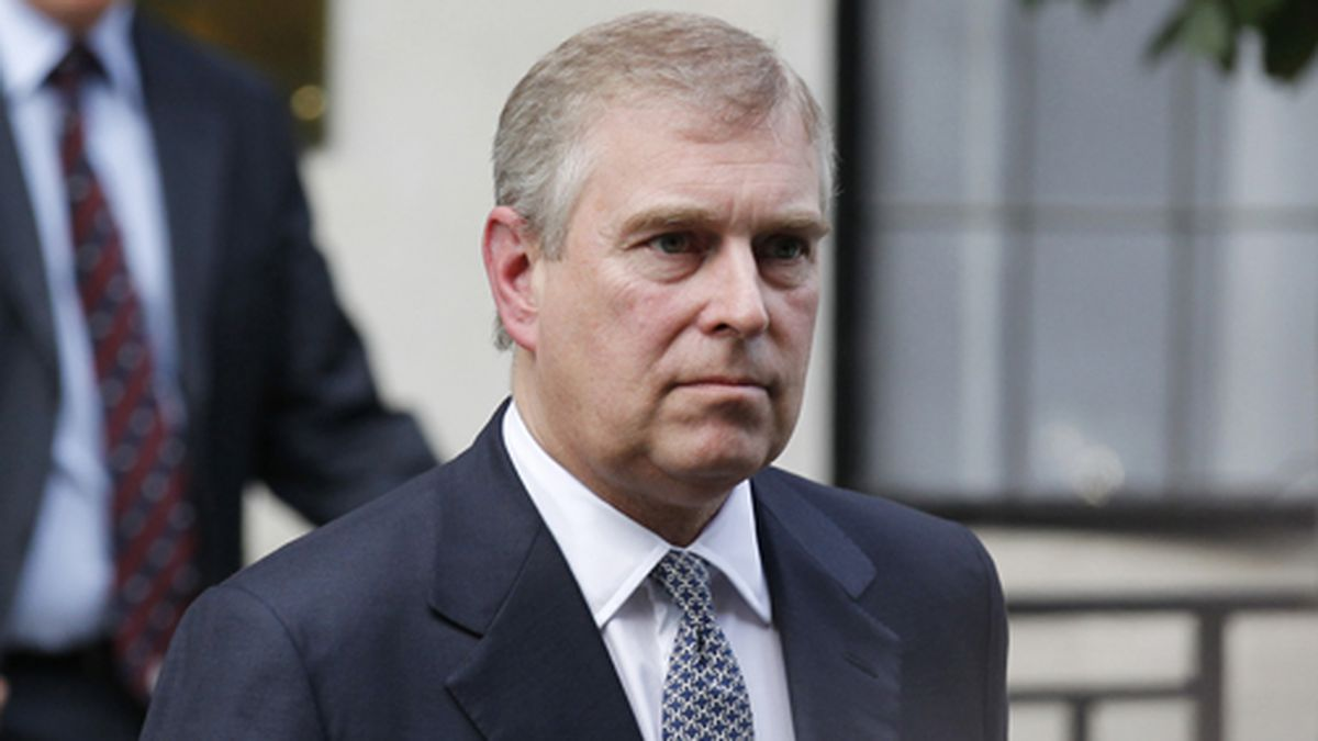 In this June 6, 2012 file photo, Britain's Prince Andrew leaves King Edward VII hospital in London after visiting his father Prince Philip. (AP Photo/Sang Tan, File)