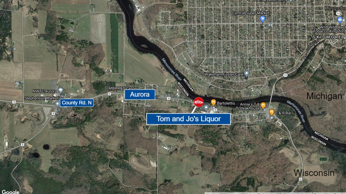 A map graphic showing Tom and Jo's Liquor in Aurora, Wis., where an armed robbery took place...
