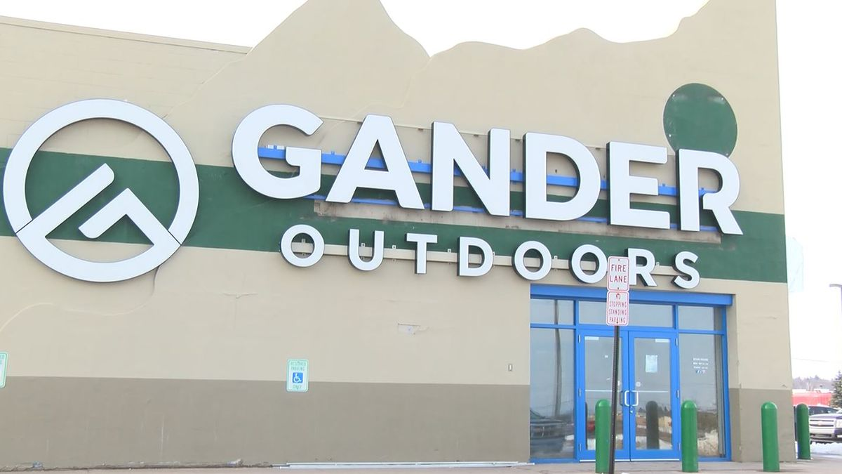 What the Gander Outdoors Marquette Township location looked like when it was open. (WLUC File Photo)