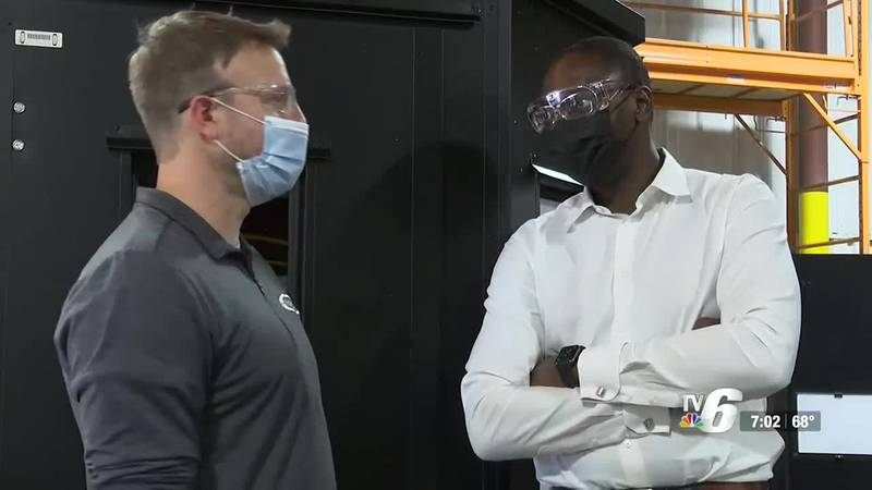 Lt. Gov. Gilchrist tours Dickinson County business