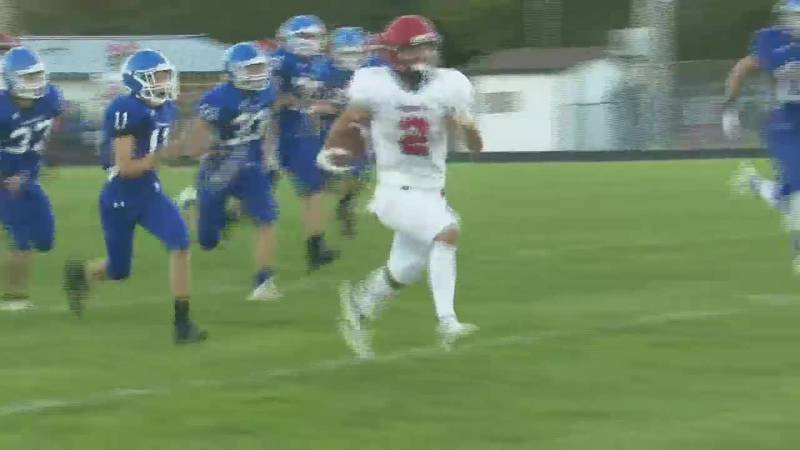 Westwood's Zach Carlson dashes 71 yards for a touchdown against Ishpeming.