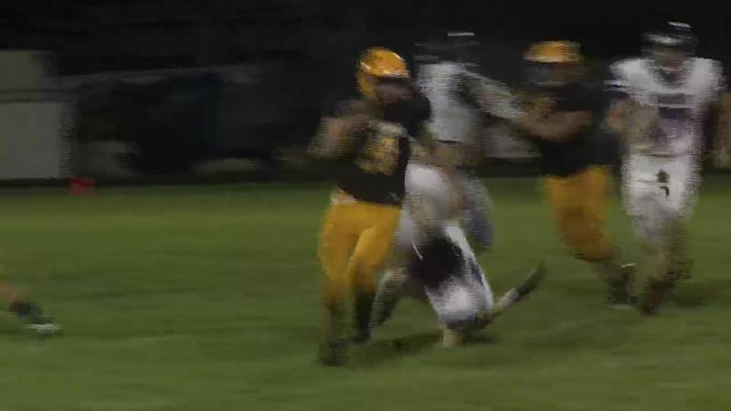 Negaunee's Easton Palomaki sprionts 50 yards for a touchdown in the second quarter.