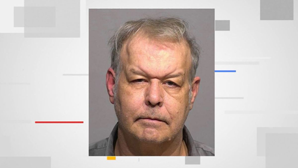 Clifton Blackwell is accused of throwing acid on a man's face. (Source: WITI/Tribune/Milwaukee County Sheriff's Office/CNN)
