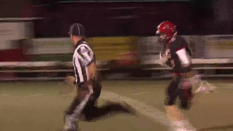 Marquette's Owen Beauchamp streaks to the end zone on an 86 yard touchdown pass from Austin Ridl.