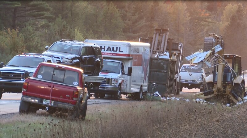 Crash occurred on US-41; no injuries reported