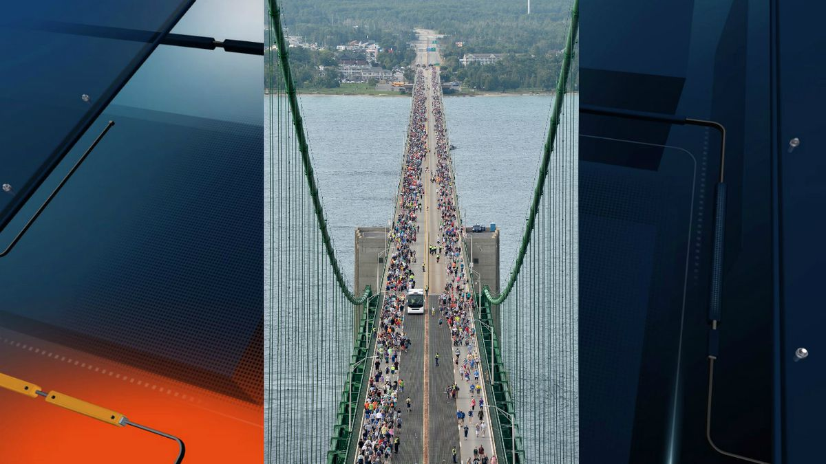 A view of the 2018 Annual Bridge Walk from the Mackinac Bridge south tower. © 2018 MDOT Photography Unit