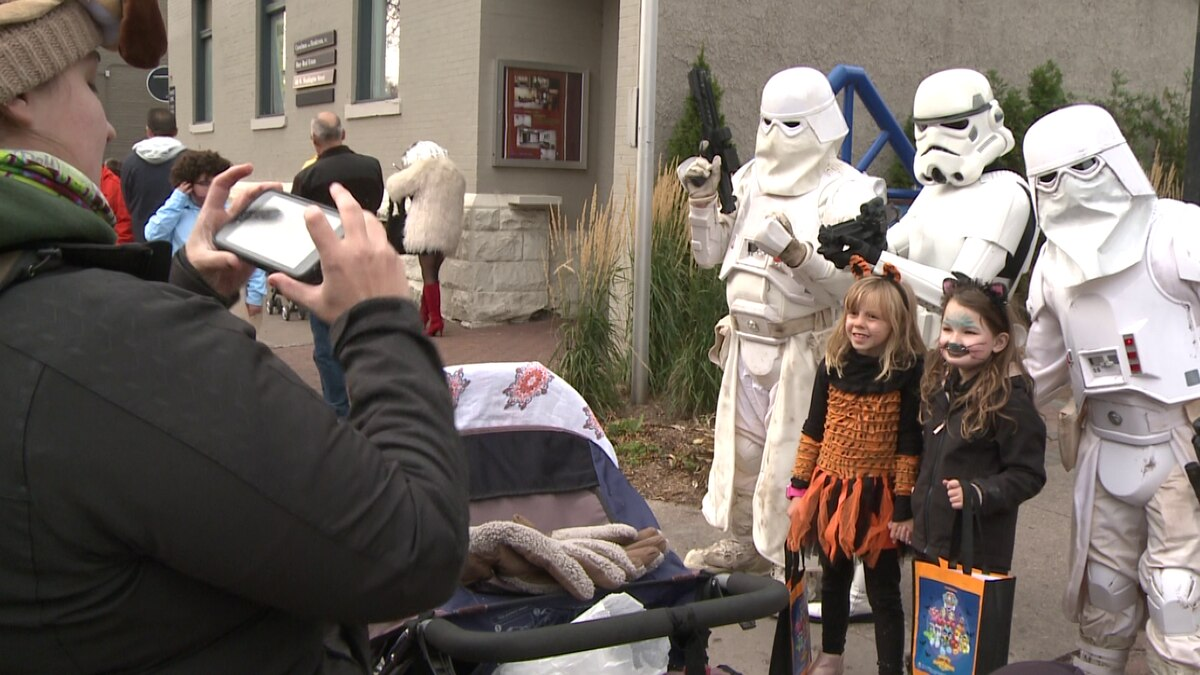 2020 Marquette Halloween Downtown Downtown Marquette holds annual trick or treat
