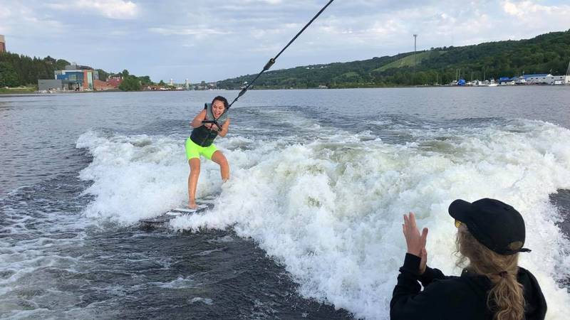 TV6's Tia Trudgeon wakeboards for the first time with Portage Wake, a new business in Houghton.