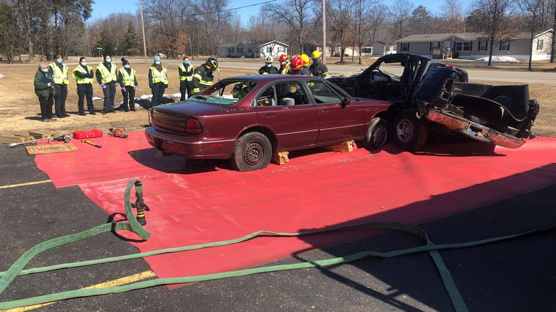 Escanaba Township Fire Department and Bay College EMS class at a simulated T-bone crash.