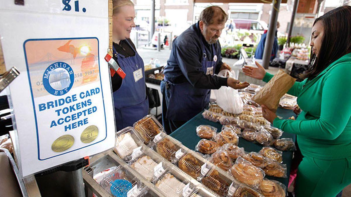 Some local Michigan restaurants will soon be accepting MI Bridge cards (Source: AP Photo/Carlos...
