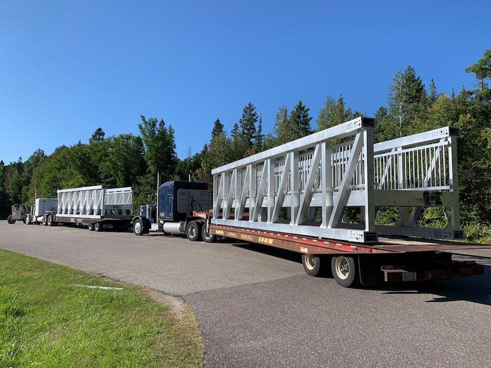 New pedestrian bridge installed at Tahquamenon Falls State Park Wednesday