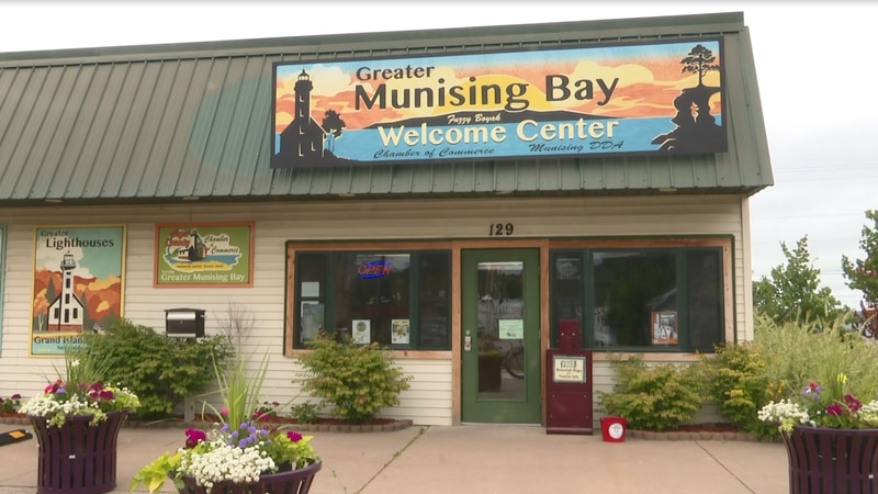Seasonal workers needed at some Munising businesses
